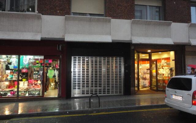 Local en Zona Comercial de Las Arenas