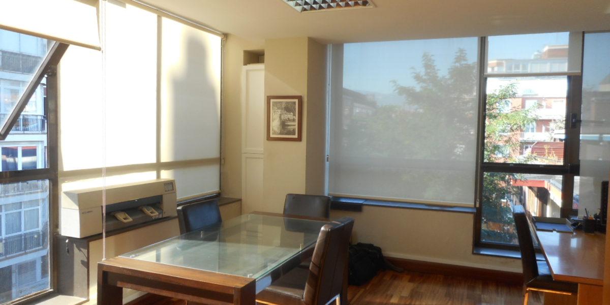 Oficina Venta en Edificio Moderno del Centro de Las Arenas