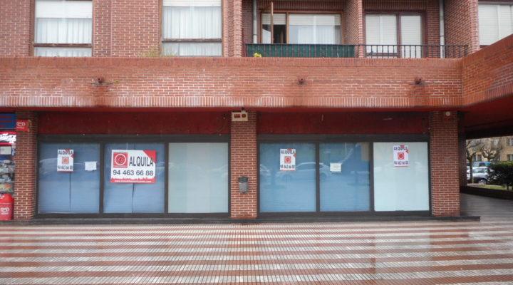 Lonja en la zona del Antiguo Golf haciendo esquina con una gran fachada. floorplan 11