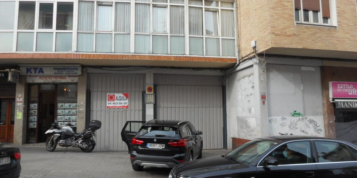 Local en el Centro de Algorta con Acceso Para Vehículos y Buena Fachada.