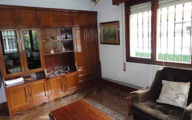 Piso en Zona Residencial de Las Arenas con Terraza